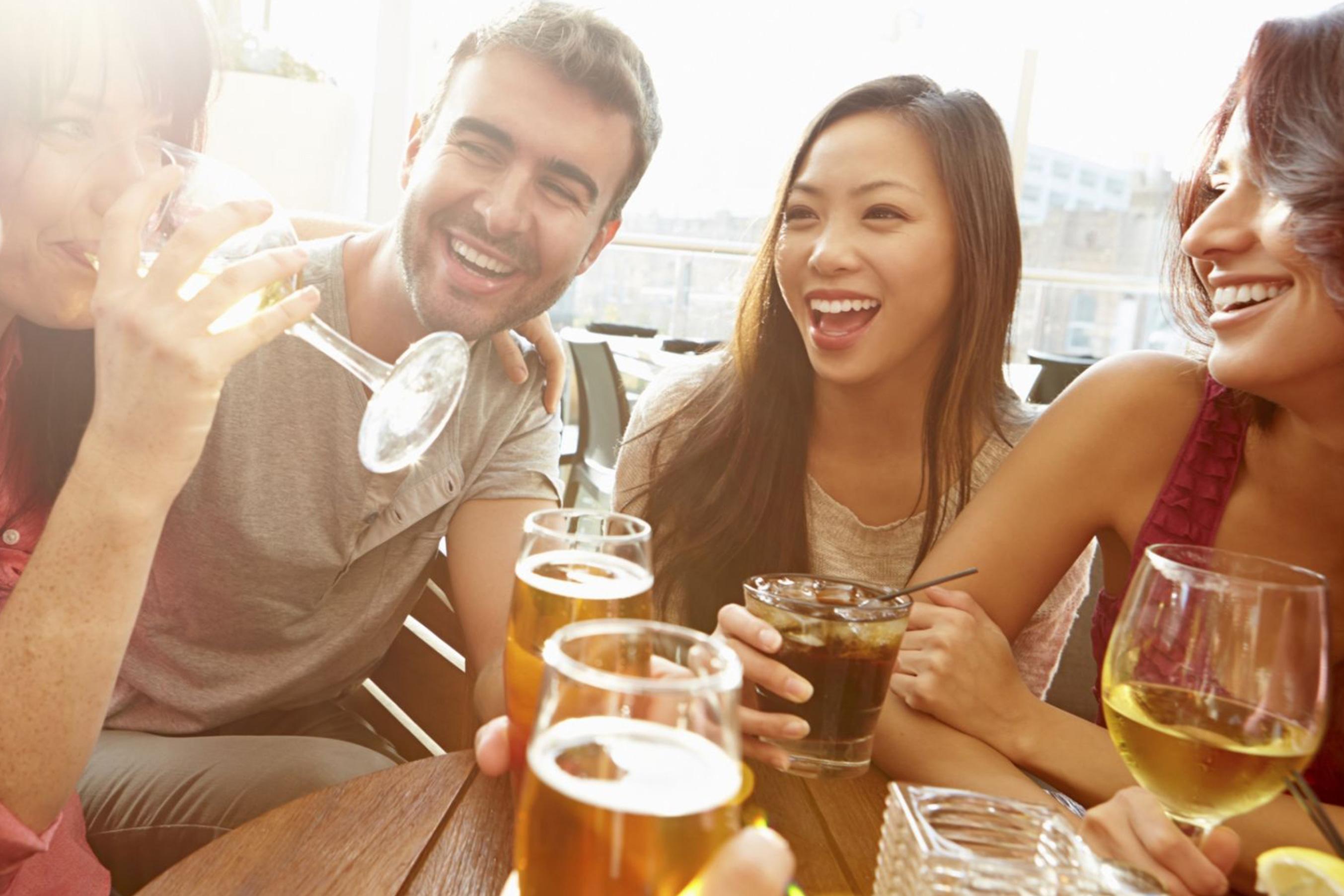 O consumo de álcool atrapalha no emagrecimento?